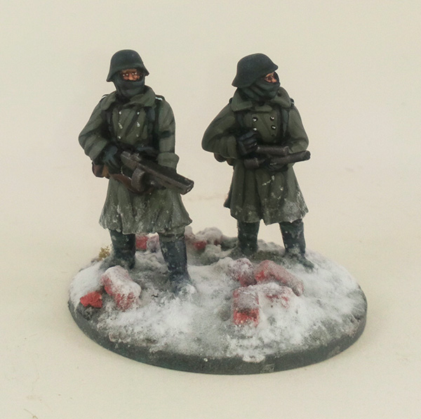 German Stalingrad Veterans Flamethrower Team - Winter Uniform (Great Escape Games)