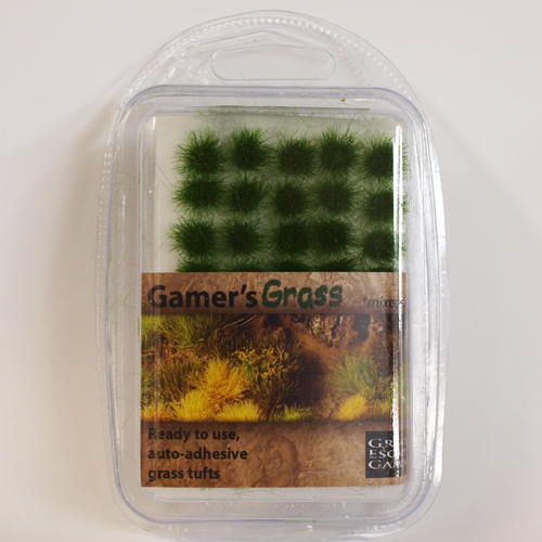 Strong Green Tufts (Gamer's Grass) Clamshell Pack