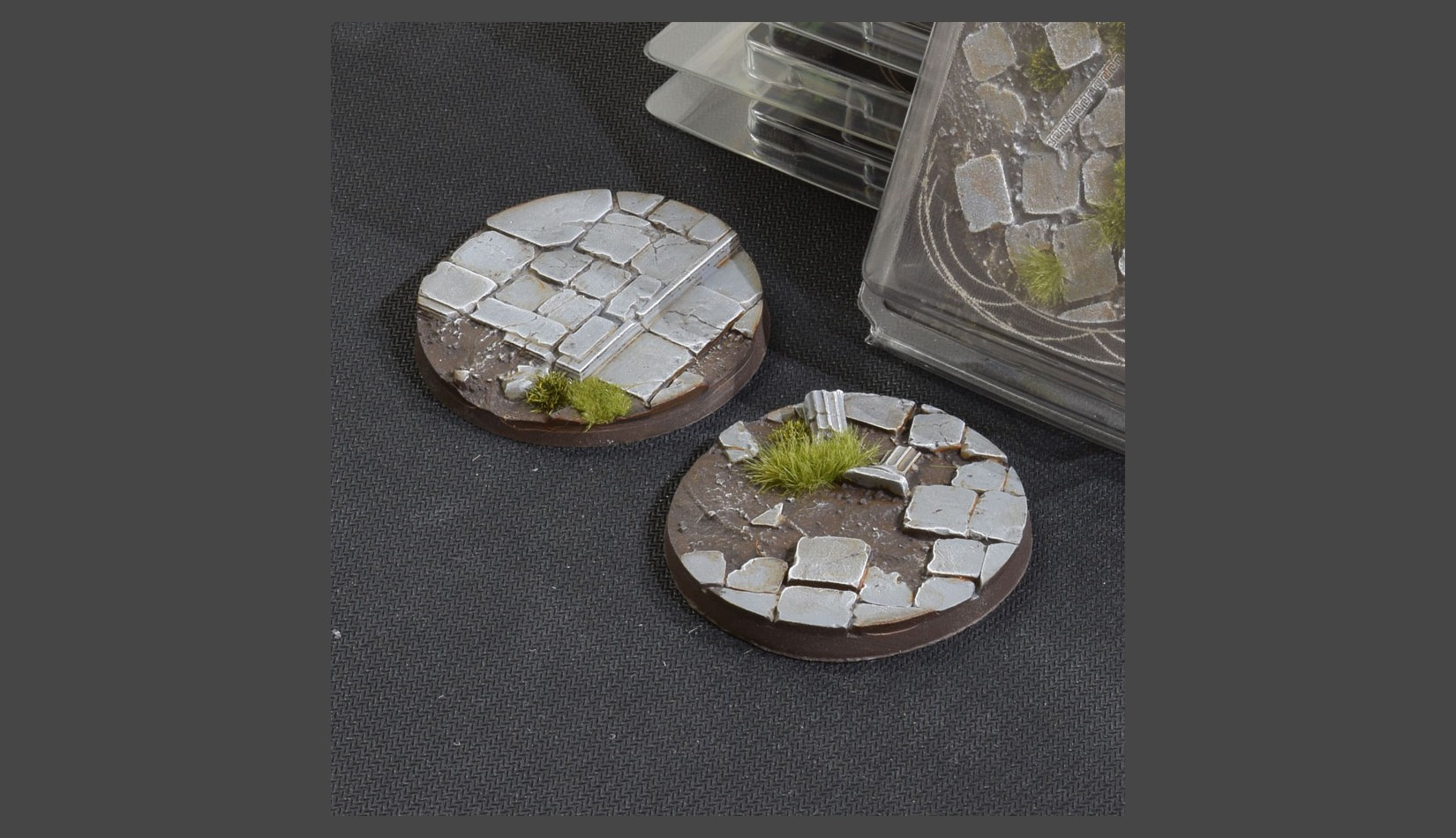 Temple Bases Round 60mm (Gamer's Grass)